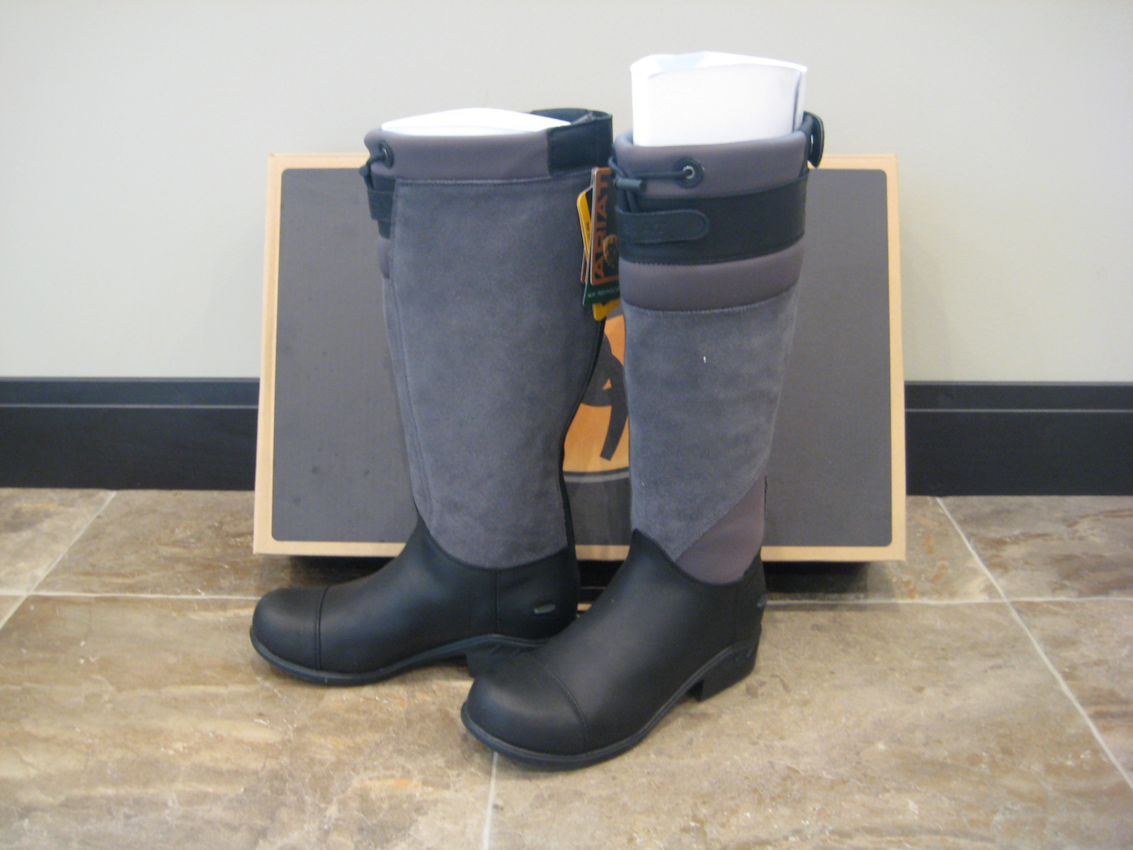 BNIB Ariat Brossard Tall Winter Boots Size 8 | My Horse Forum